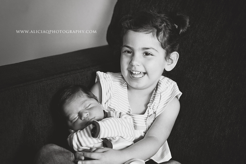 San-Diego-Newborn-Lifestyle-Photography (18)