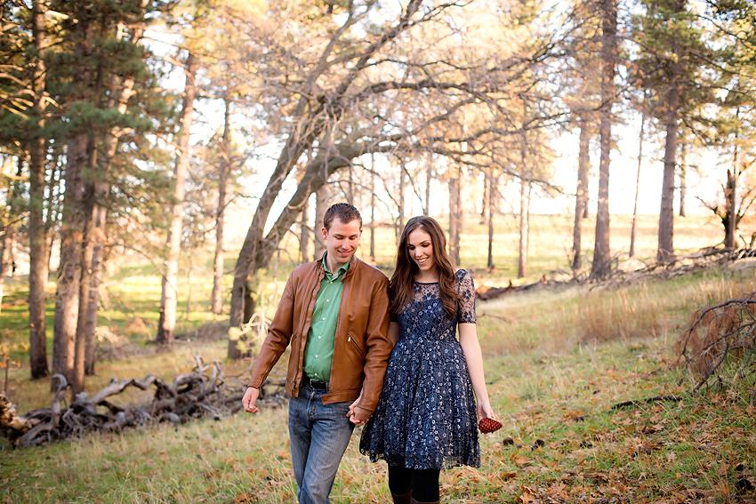 Mountain-Engagement-Photos (25)