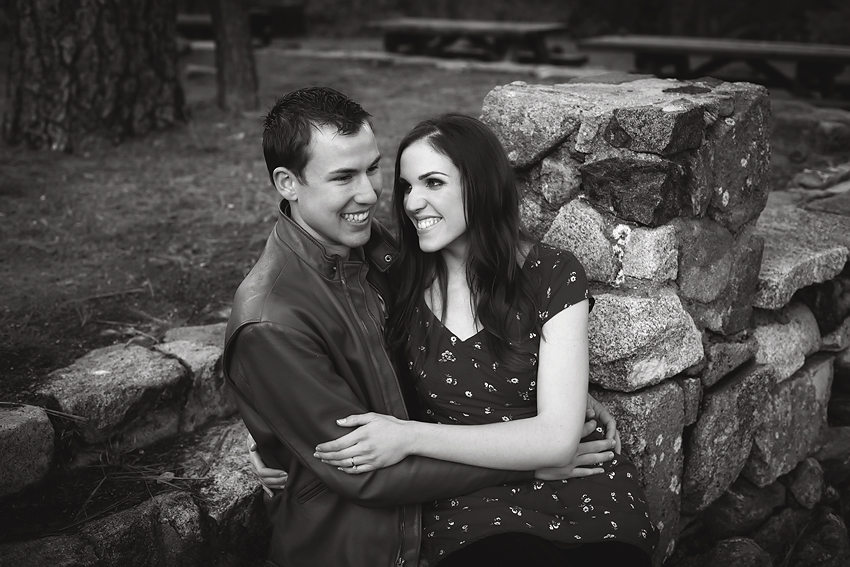 Mountain-Engagement-Photos (55)