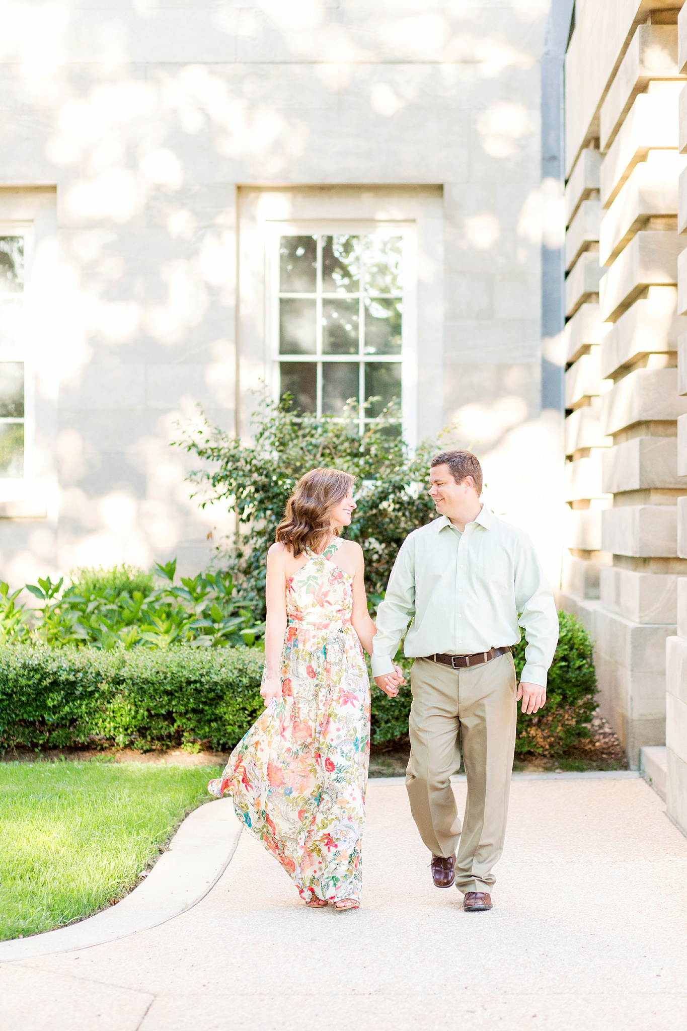 downtown-raleigh-engagement-photos