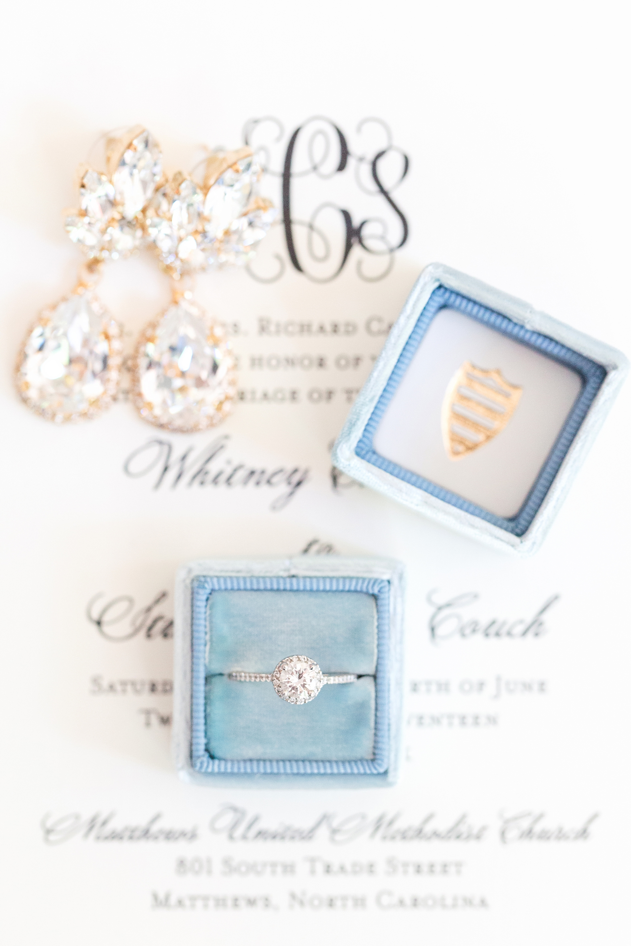 baby-blue-wedding-details