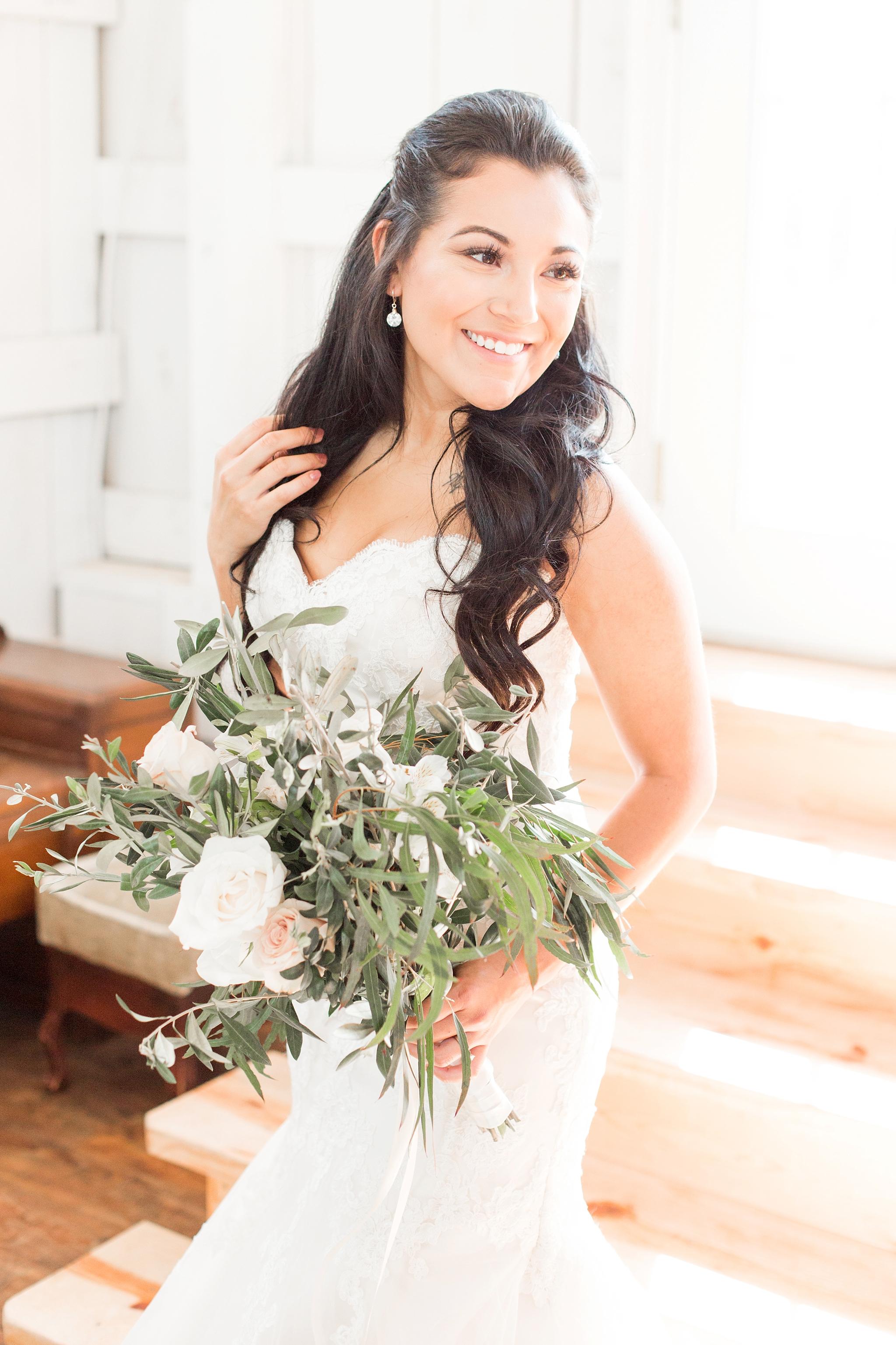 big-white-barn-wedding-photos