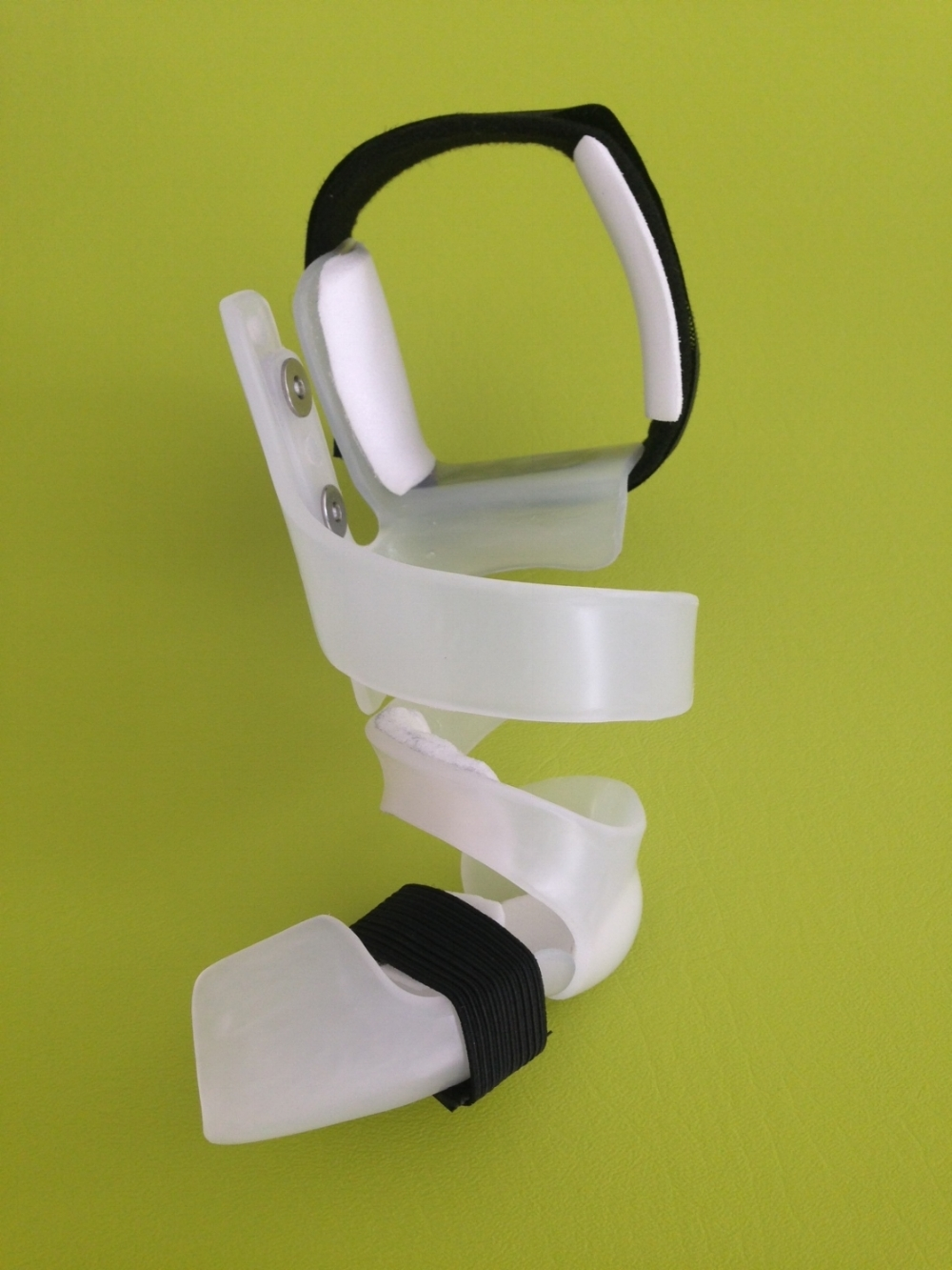 OUR flexible spiral brace -  click image to see VIDEOS ABOUT THIS BRACE