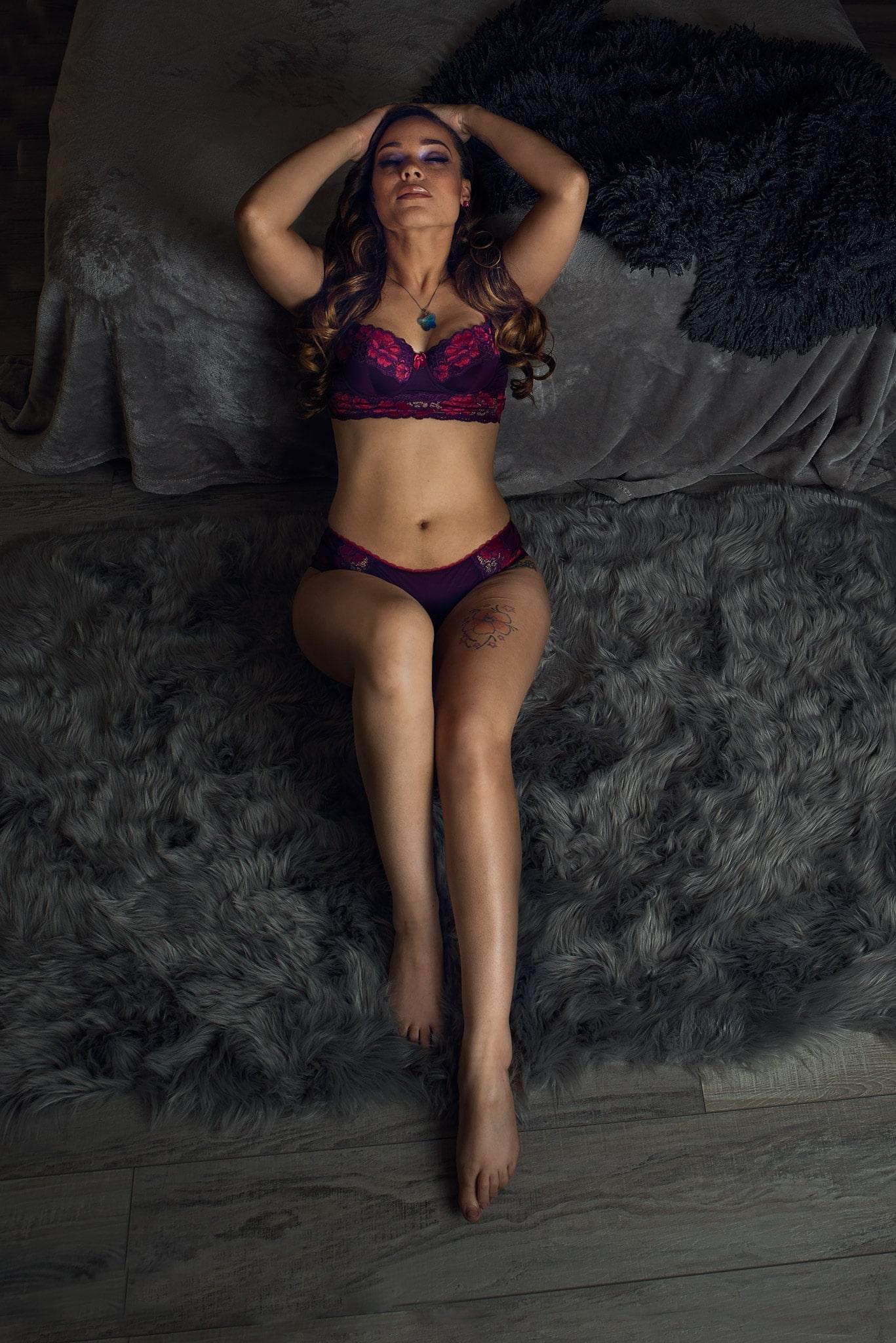 Las-Vegas-Boudoir-Photographer-Pam-Fields-Photography-Woman-reclining.jpg
