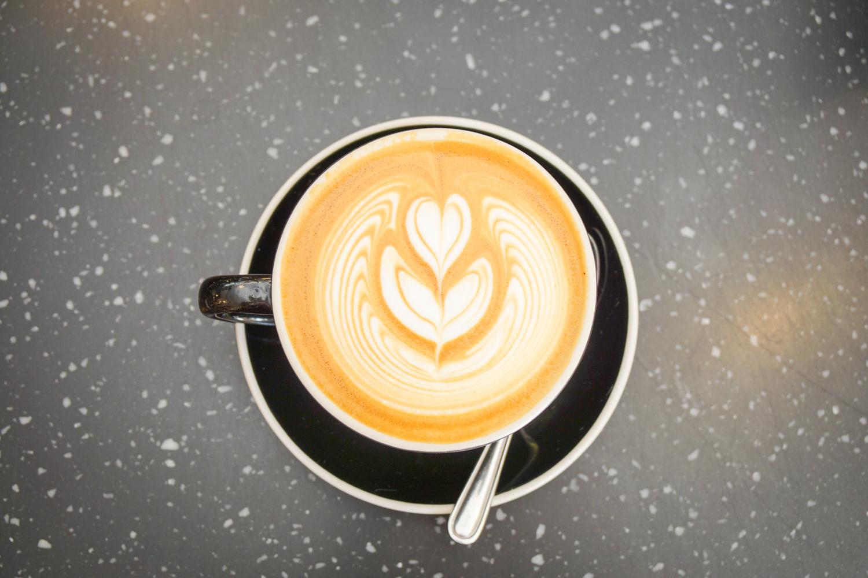 luzod-design-co-mae-kai-coffee-latte-art.jpg