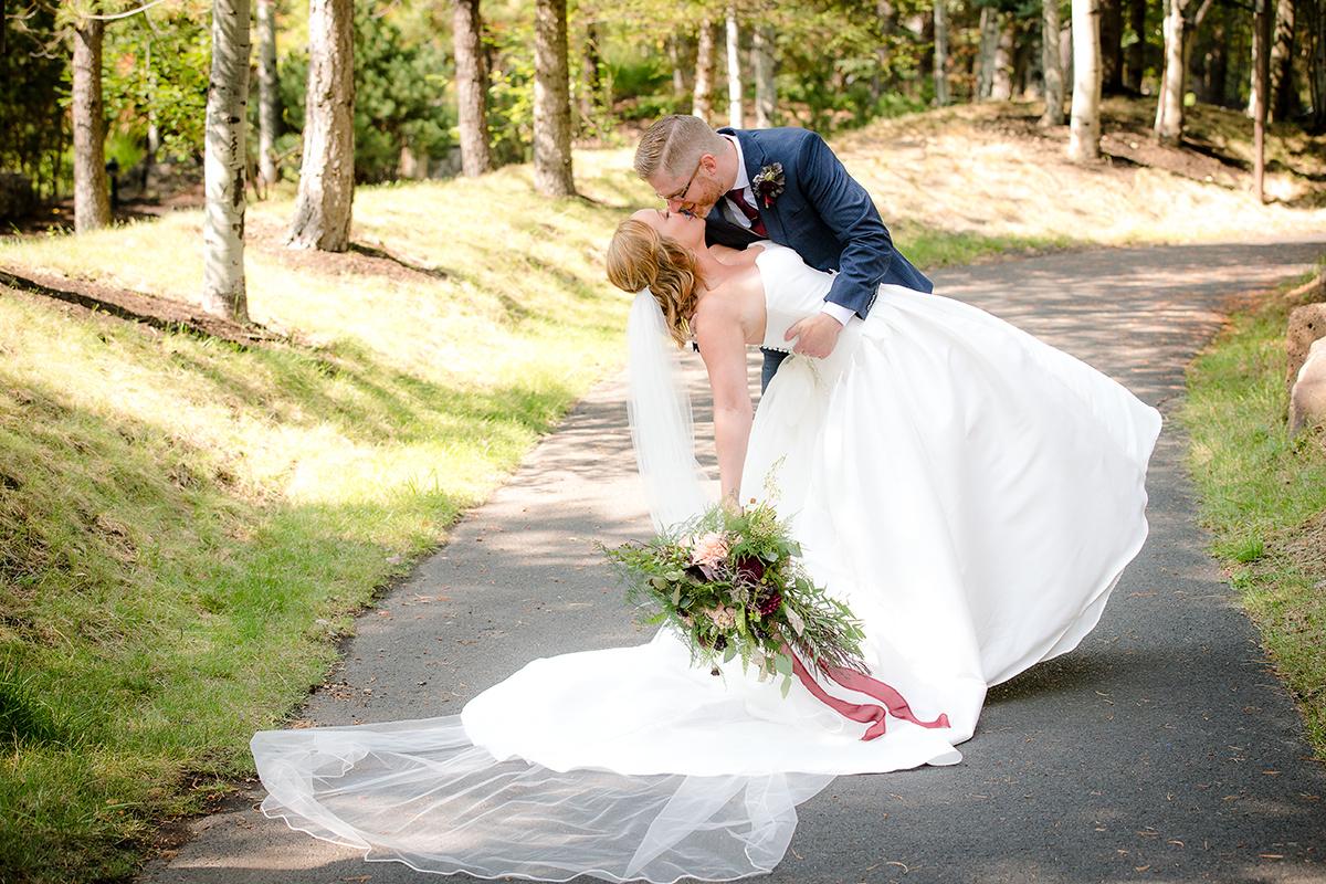 Bend Oregon wedding  photography by steve heinrichs photography (120 of 164).jpg