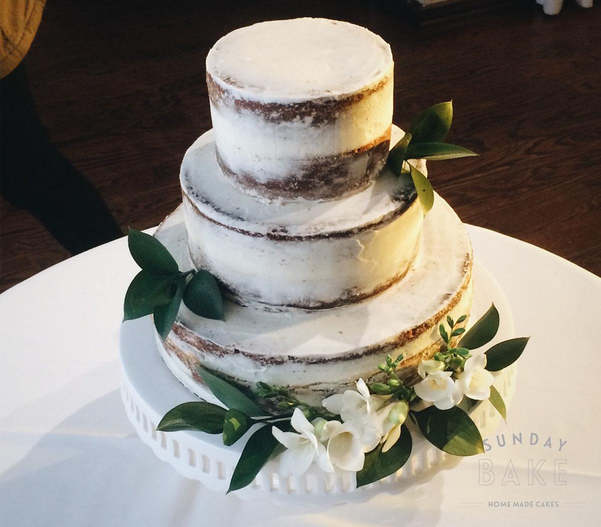 SundayBake_Wedding_SemiNakedCake.jpg