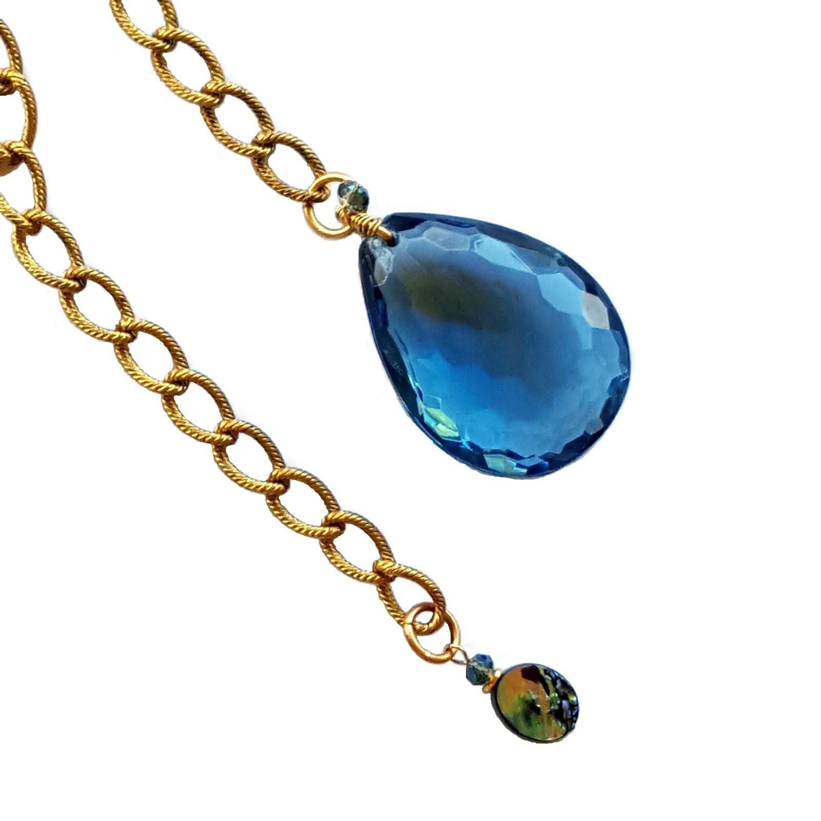 Jules Verne Lariat Necklace Close Up.jpg