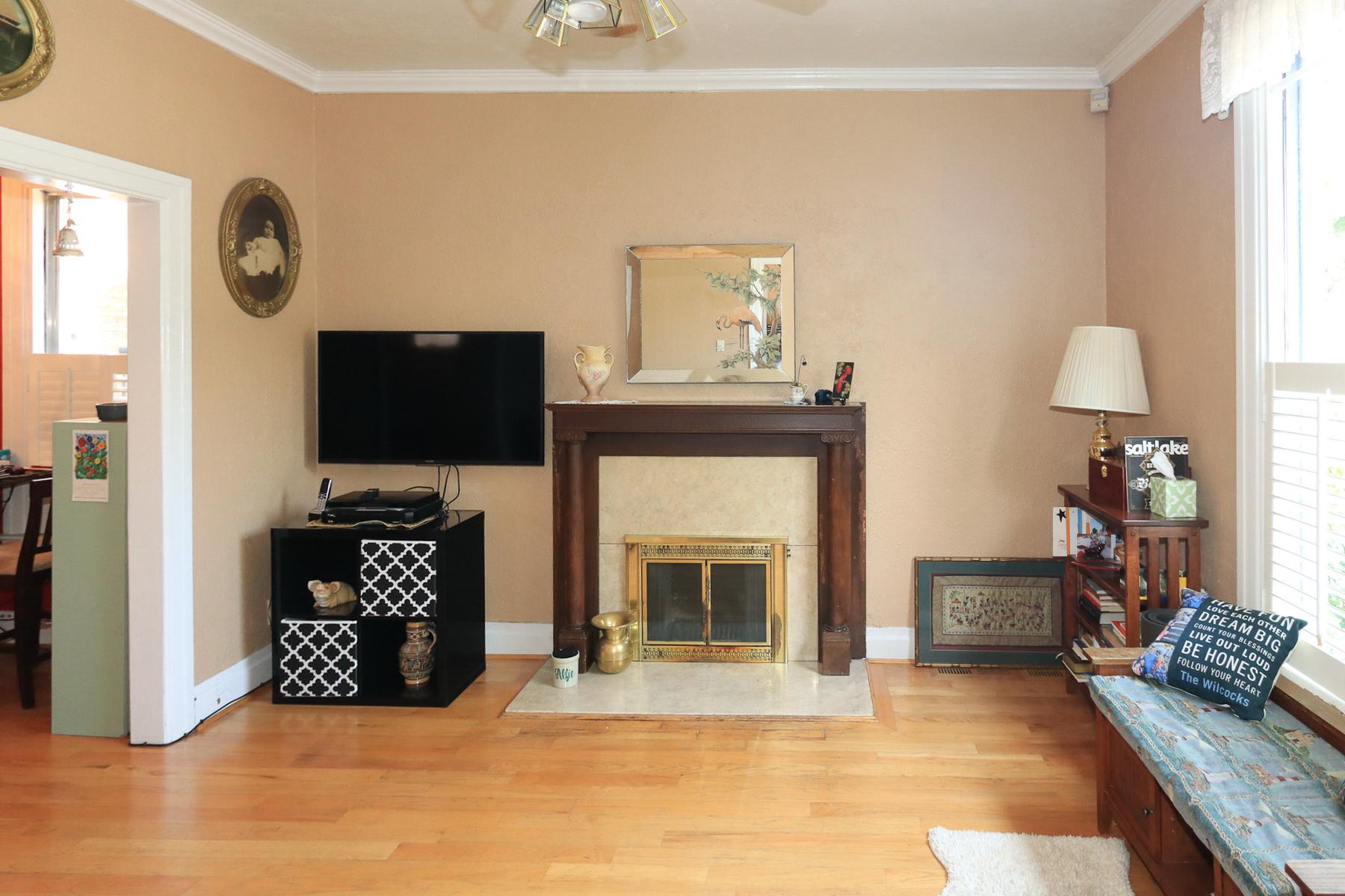 Living Room of 363 Wall St, Salt Lake City, UT 84103