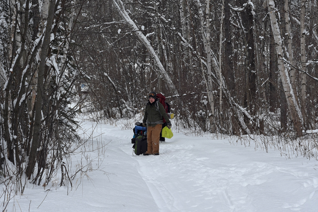 Matt making his way to Steiestol Lake, luggage in hand.