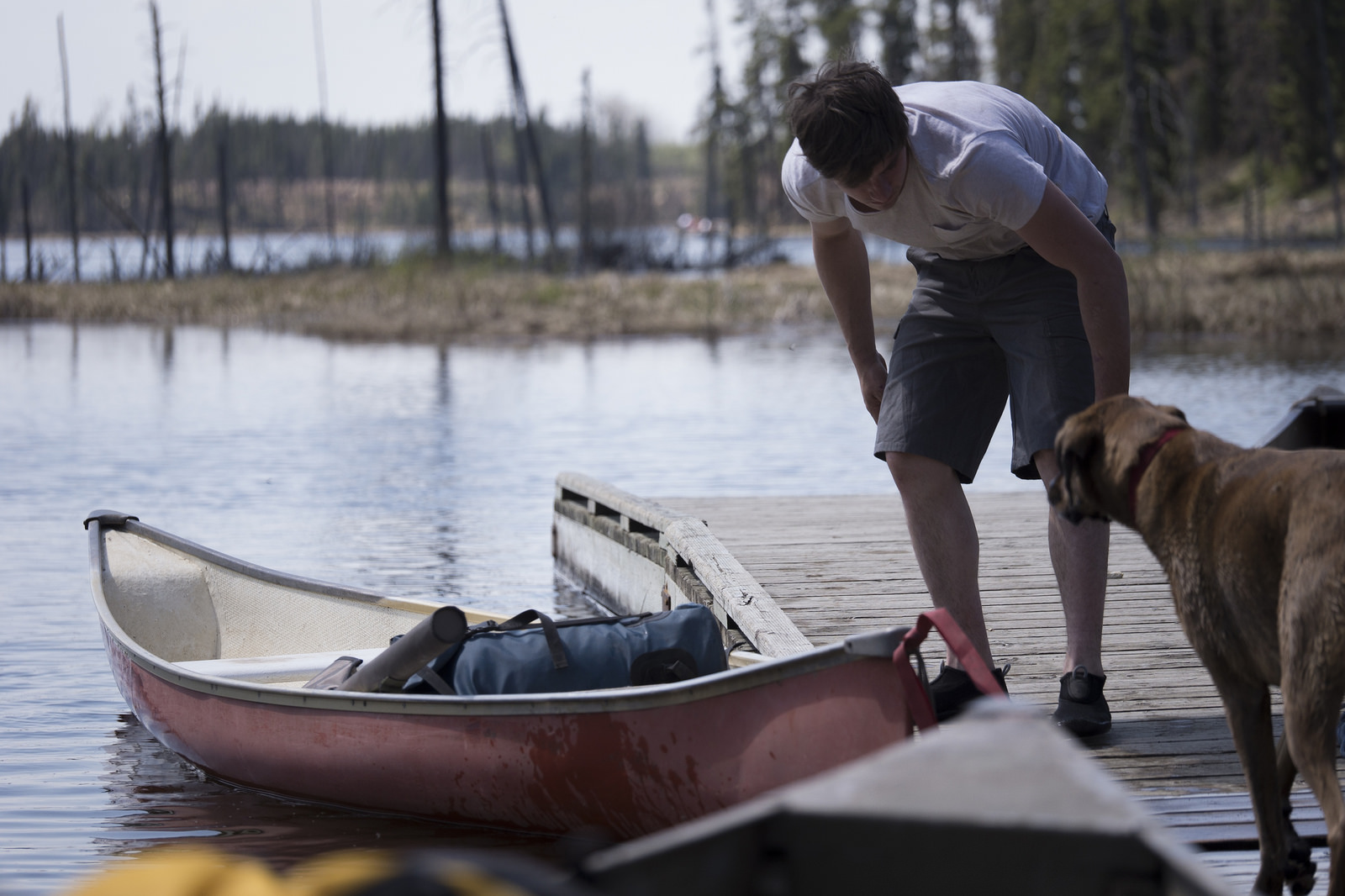 Nate unloading gear at North Steeprock Lake.