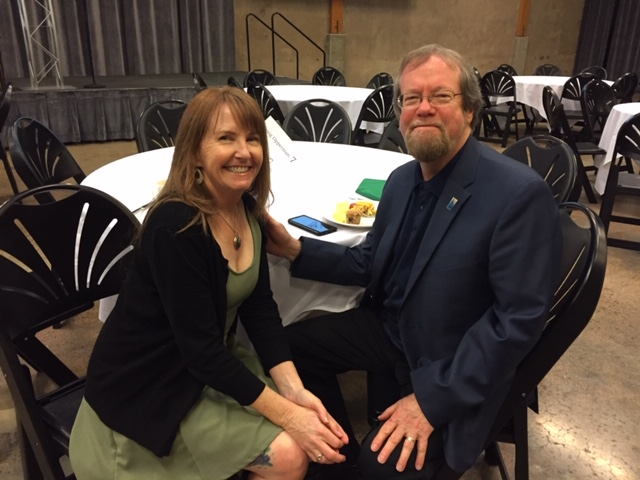 Mary Reilly, event Emcee and Keynote speaker, sitting with Looking Glass CEO, Craig Opperman after the event.