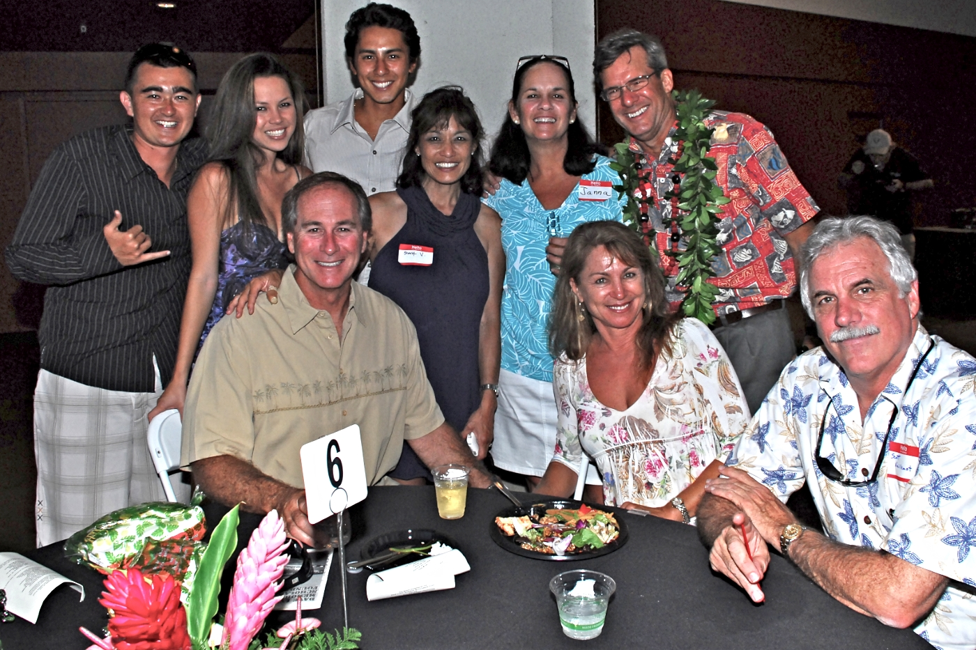 2010 SCOTT & SHERYL VUILLEMOT WITH THEIR FRIENDS.jpg