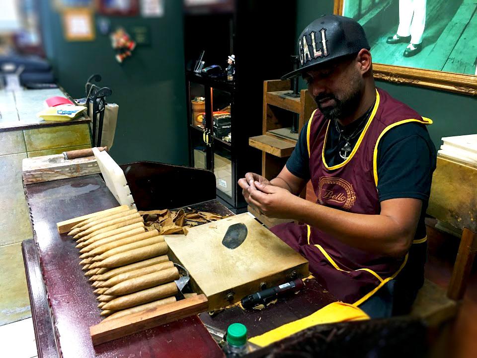 Ebco-Havana-Cigar-man.jpg