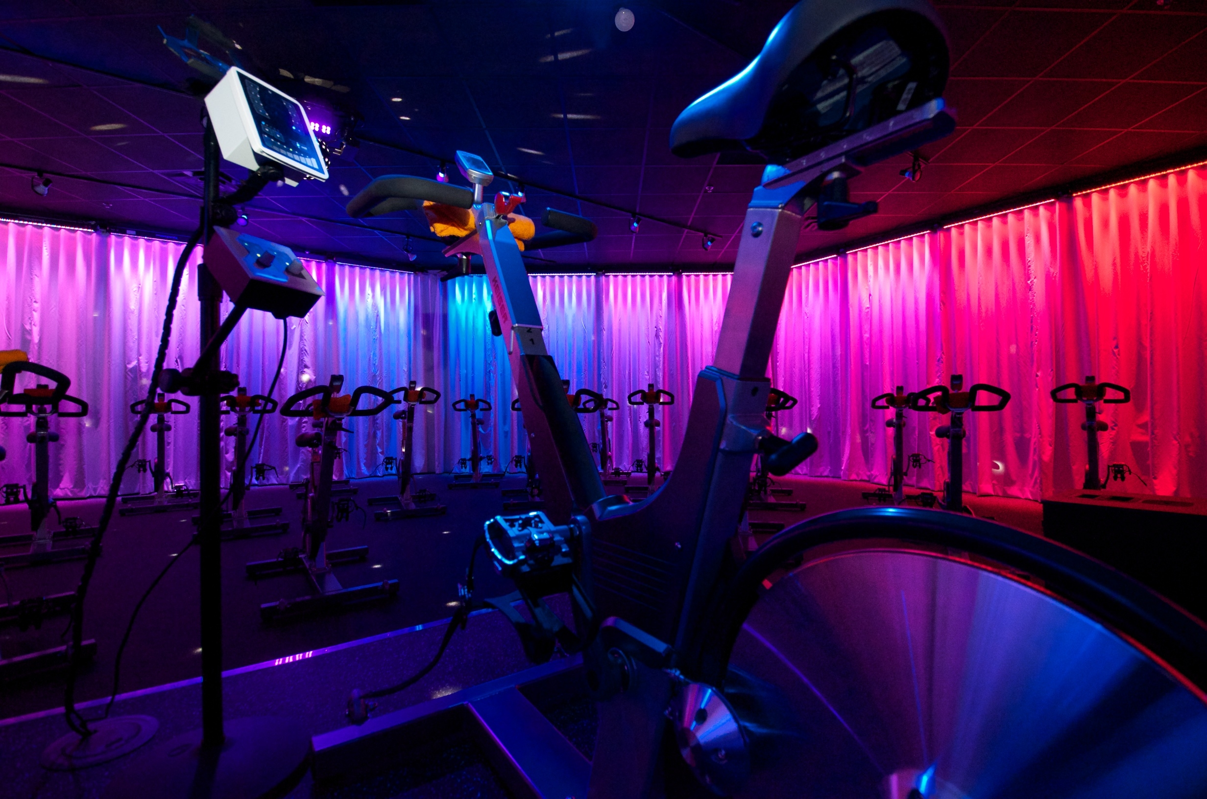 Surge Cycling Review, Minneapolis, Fitness Studio Review, Cycling, Spinning