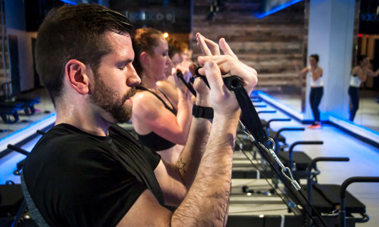 solidcore, fitness studio, minneapolis, barre extreme, isometric, resistance training, workout, exercise, fitness,