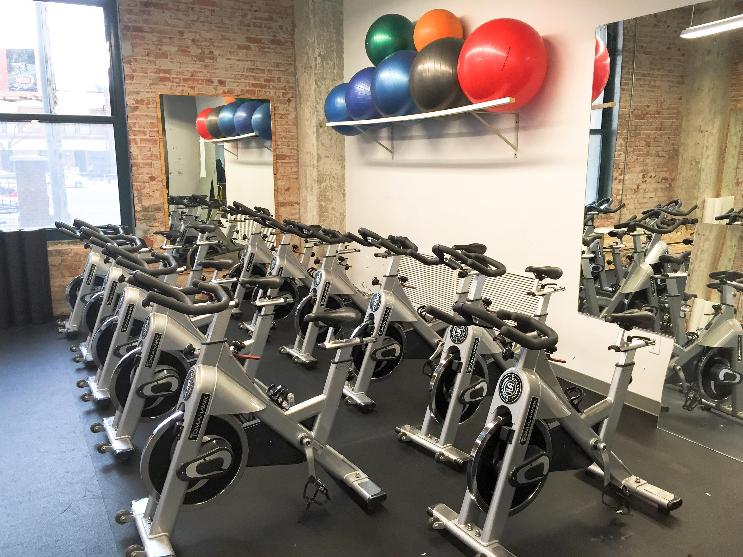 Magna health and fitness, minneapolis, fitness studio
