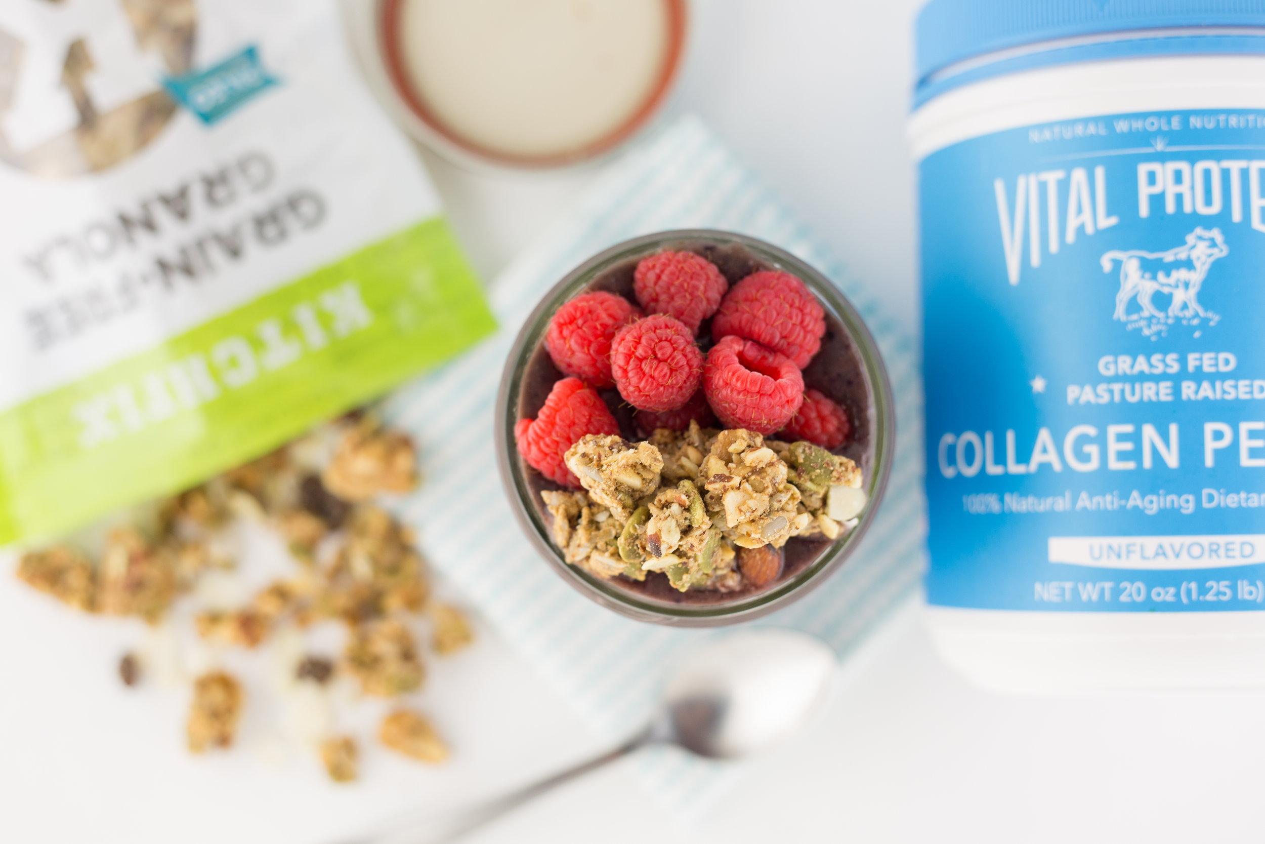 paleo smoothie, vital proteins, kitchfix granola, kitchfix foods, berry, fresh berry, paleo, paleo diet,