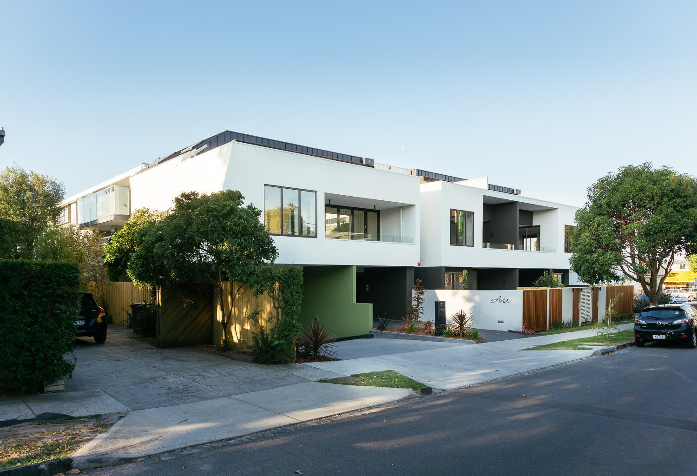Aria-Apartments-2.jpg
