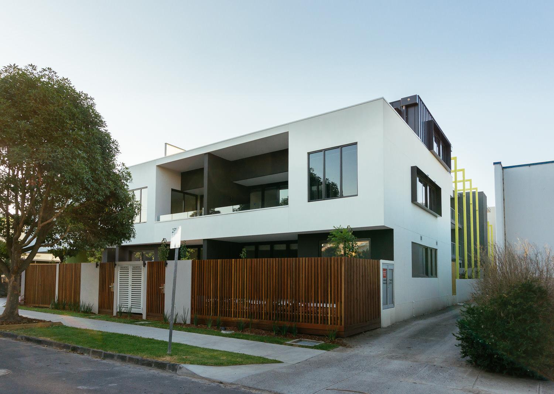 Aria-Apartments-4.jpg