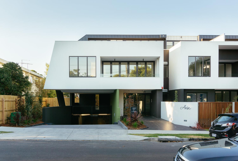 Aria-Apartments-3.jpg