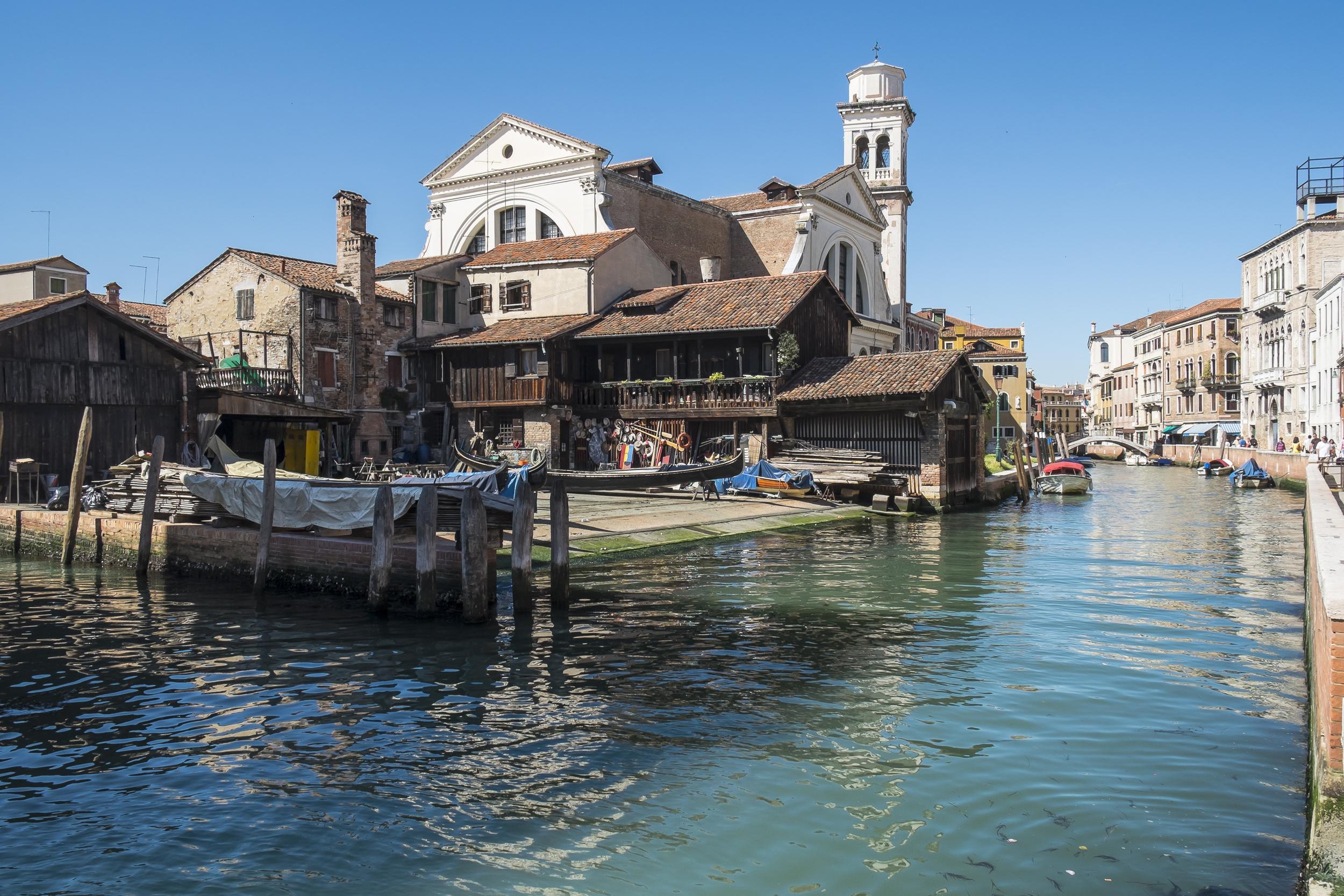 Venice-GondolaRepairYard-20140524-DSCF6074.jpg