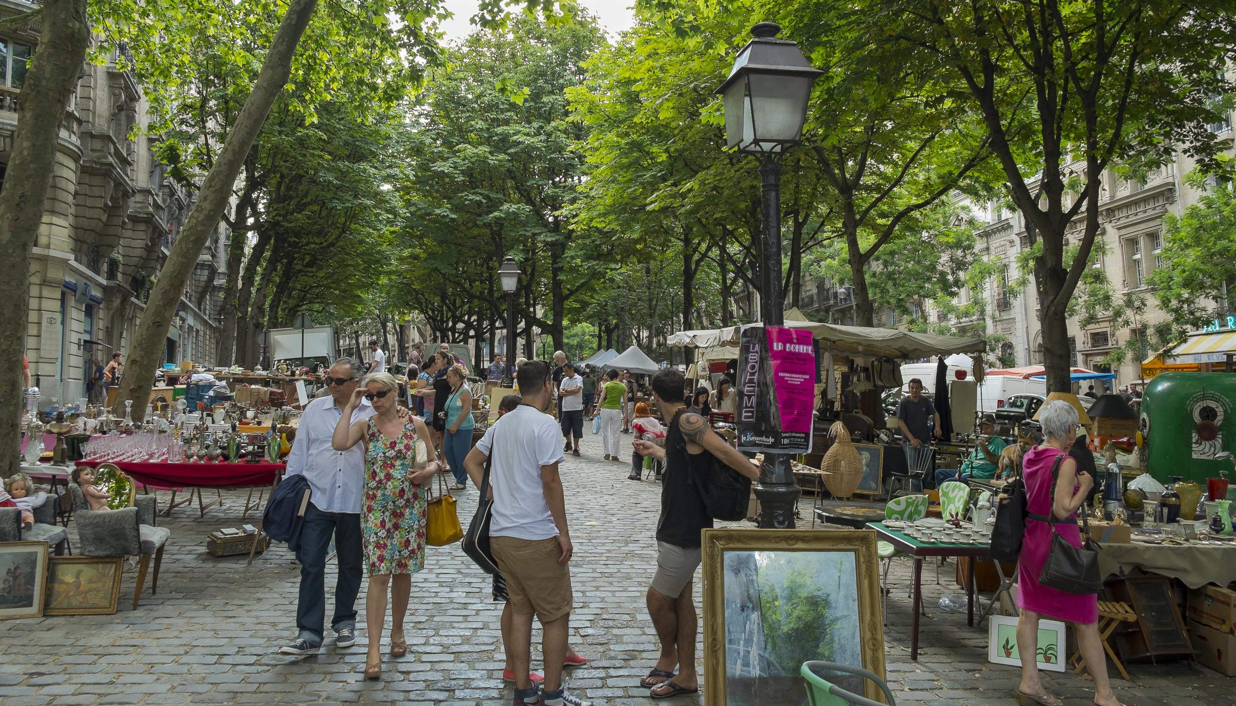 Paris-MontmartreFleaMarket-20130707-DSCF3618.jpg