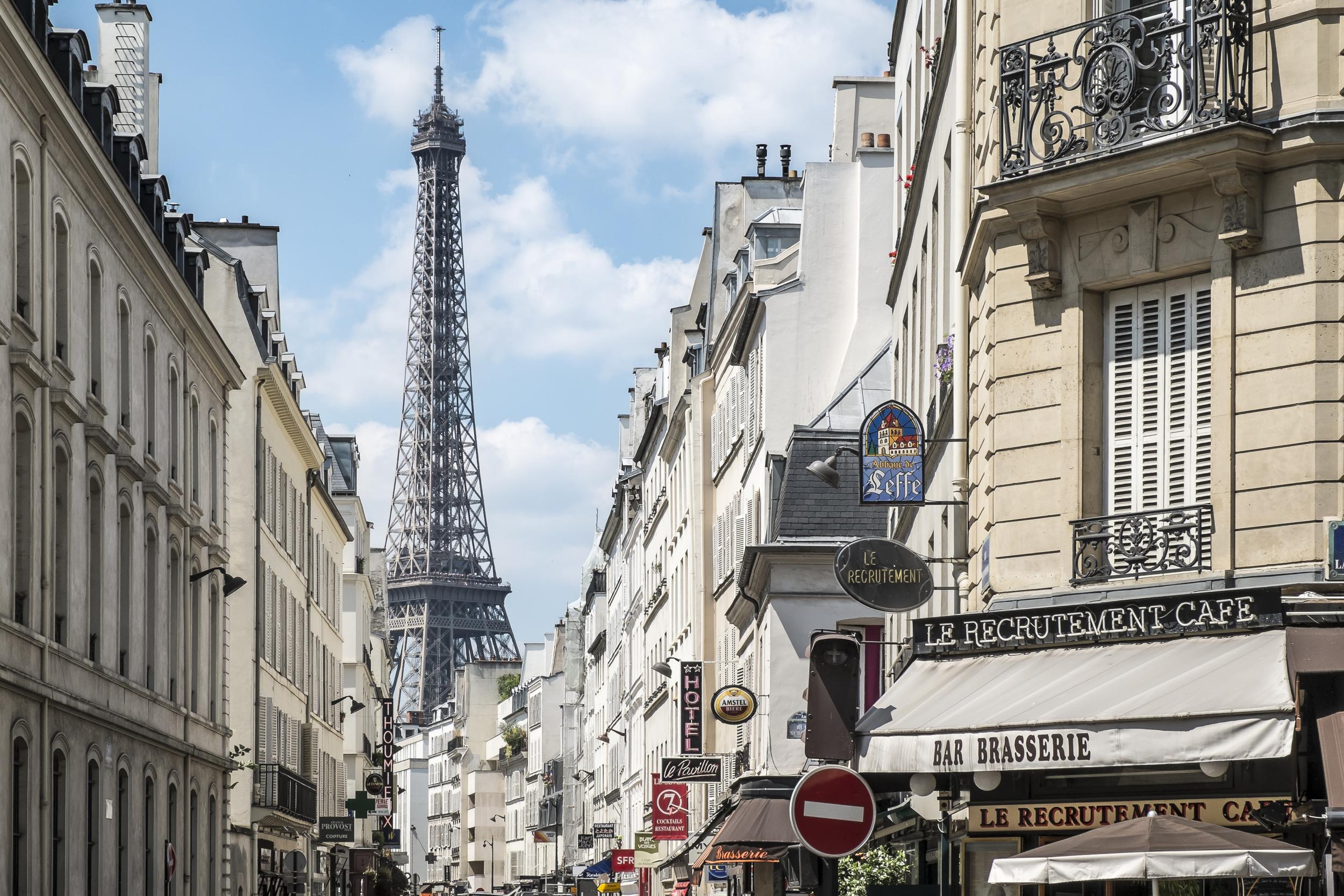 Paris-RecrutementCafeEiffelView-20130707-DSCF3541.jpg