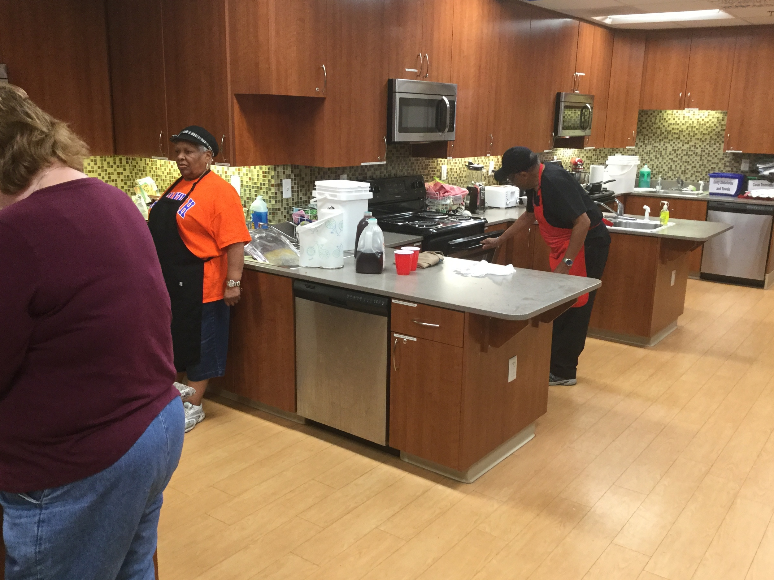 Seniors Serving at Ronald McDonald House