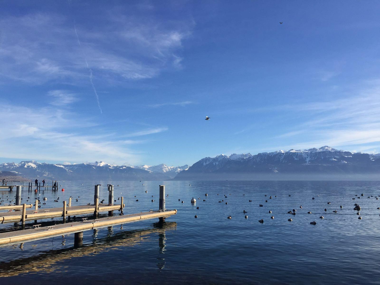 Genevenjärvi lumosi matkailijan täysin