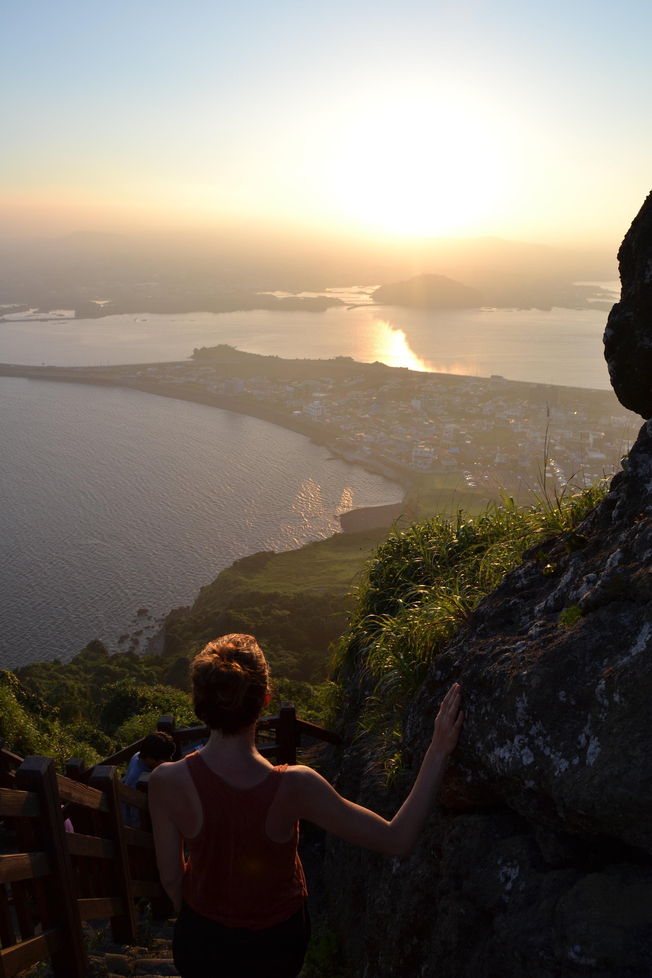 Auringonlasku Jejun saarella