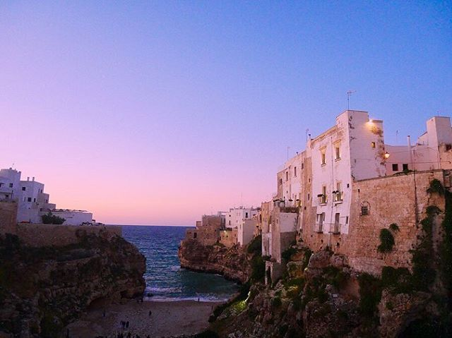 Good night and bye bye beautiful southern Italy. Sunsets in #Puglia are just magical. 🇮🇹🌆 #pugliaview #italytrip