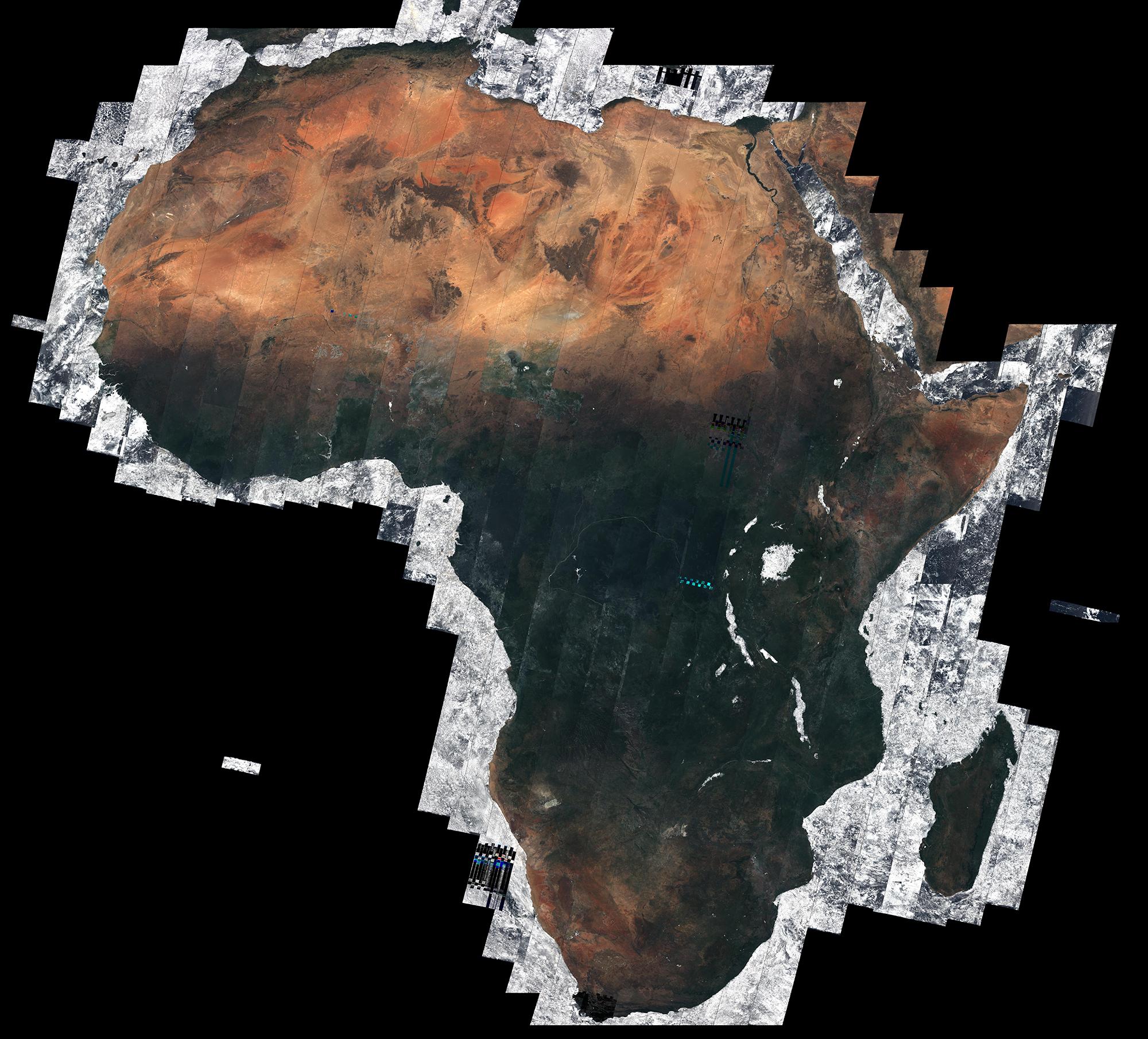 African Mosaic – 7.000 Aufnahmen von Sentinel 2A zusammengesetzt zu einem wolkenfreien Kontinent.