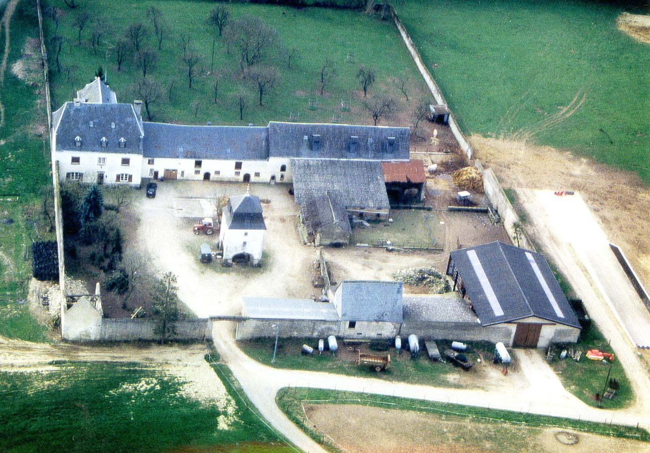 Vue aérienne du Birelerhof / Luftaufnahme vom Birelerhof, 2002 © photographe inconnu, droits réservés