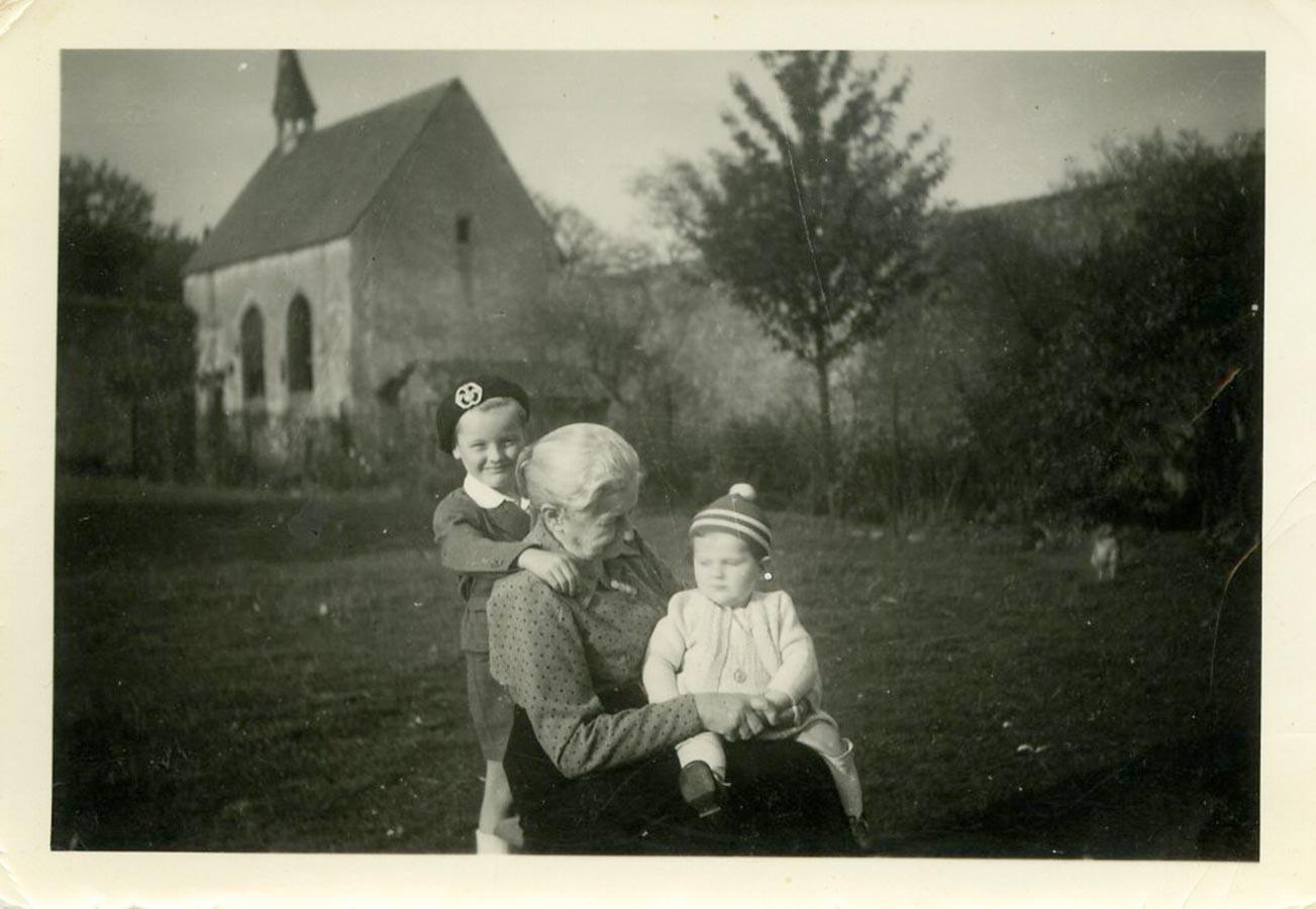 Hedwig Schmitz-Fürstenberg, Louis et / und Ally Doerfel, Birelerhof, Sandweiler ca. 1950 © photographe inconnu, droits réservés