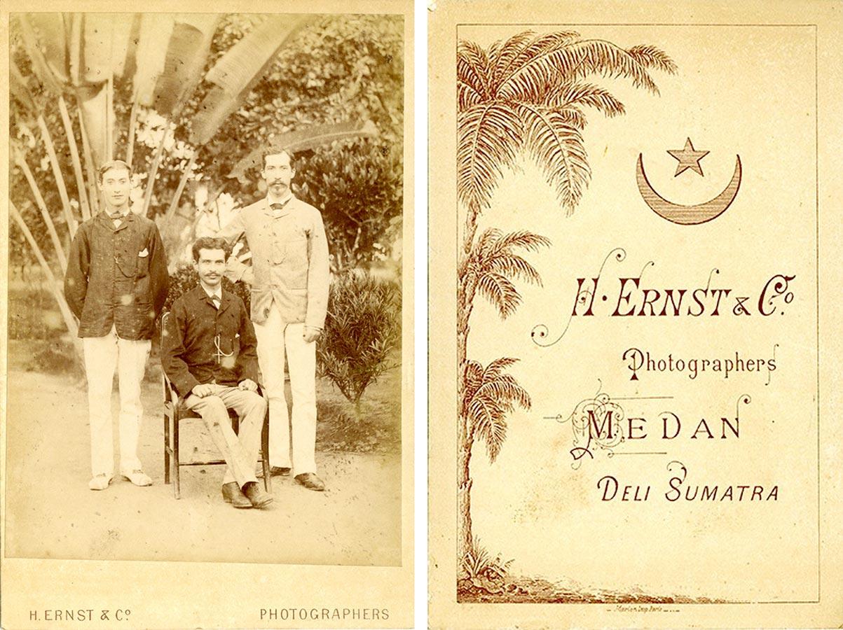 Alderich, Heinrich, Joseph Schmitz (de g. à d. / von l. nach r.) à / auf Sumatra, vers / um 1887 © H. Ernst & Co Photographers Medan Deli Sumatra