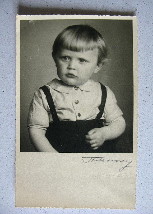 Josy Conzémius, ca. 1943 / © photographe inconnu (illisible), droits réservés