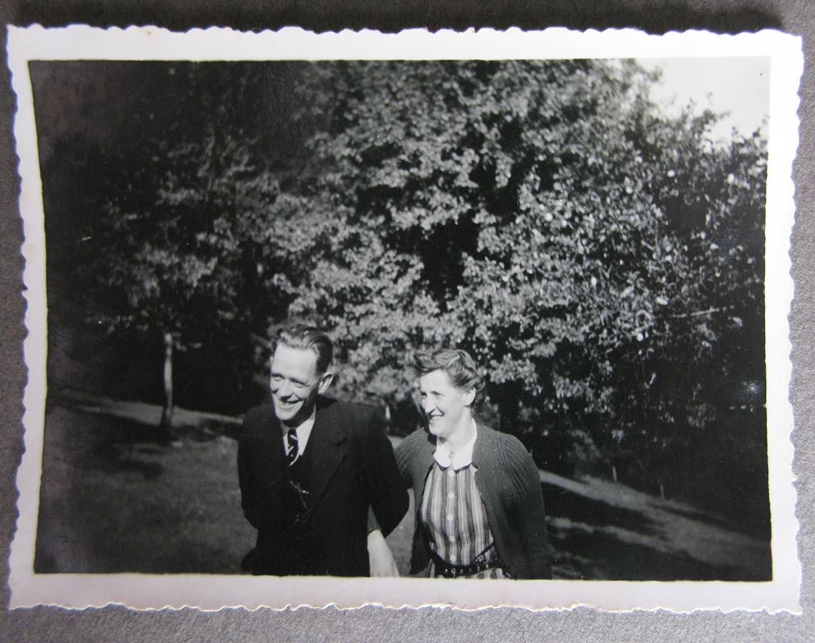 Joseph Conzémius, Elisabeth Schmitz, Birelerhof, ca. 1940 © photographe inconnu, droits réservés