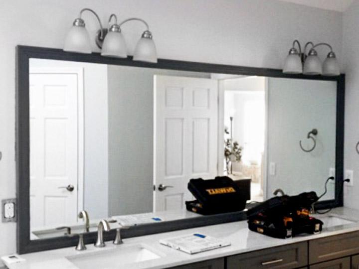 custom bathroom glass