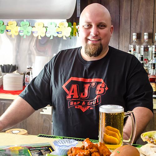 Dot-Ten-Creative-Photographer-Milwaukee-Wisconsin-Business-Local-Bar-Grill