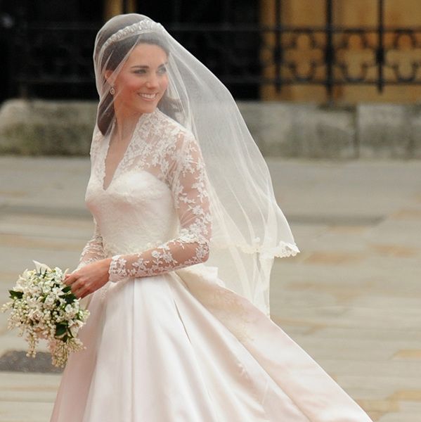 kate middleton had a veil fit for a princess. photo: hello