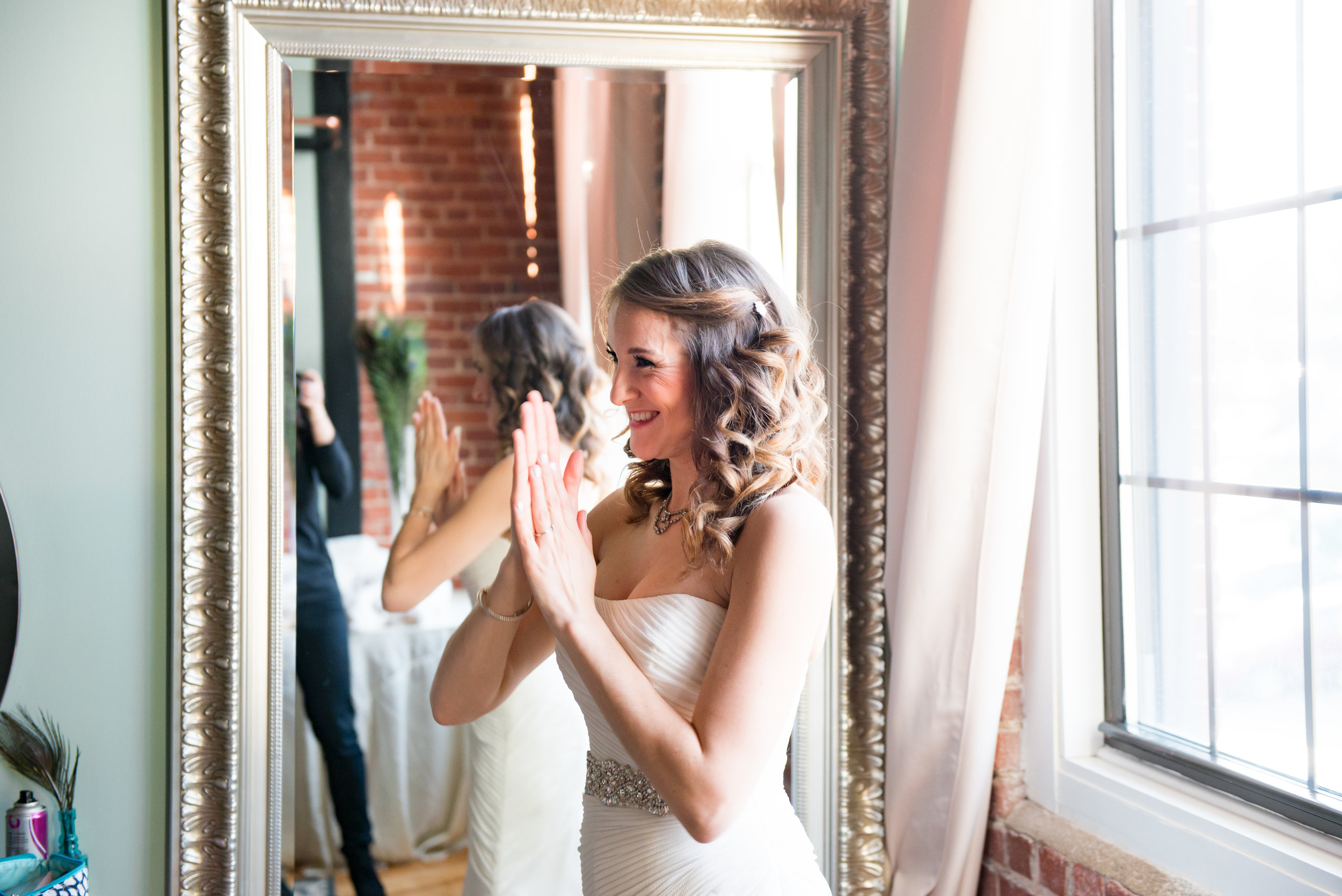 LUV LENS_WEDDING_EMILY AND ANDREW-144.jpg
