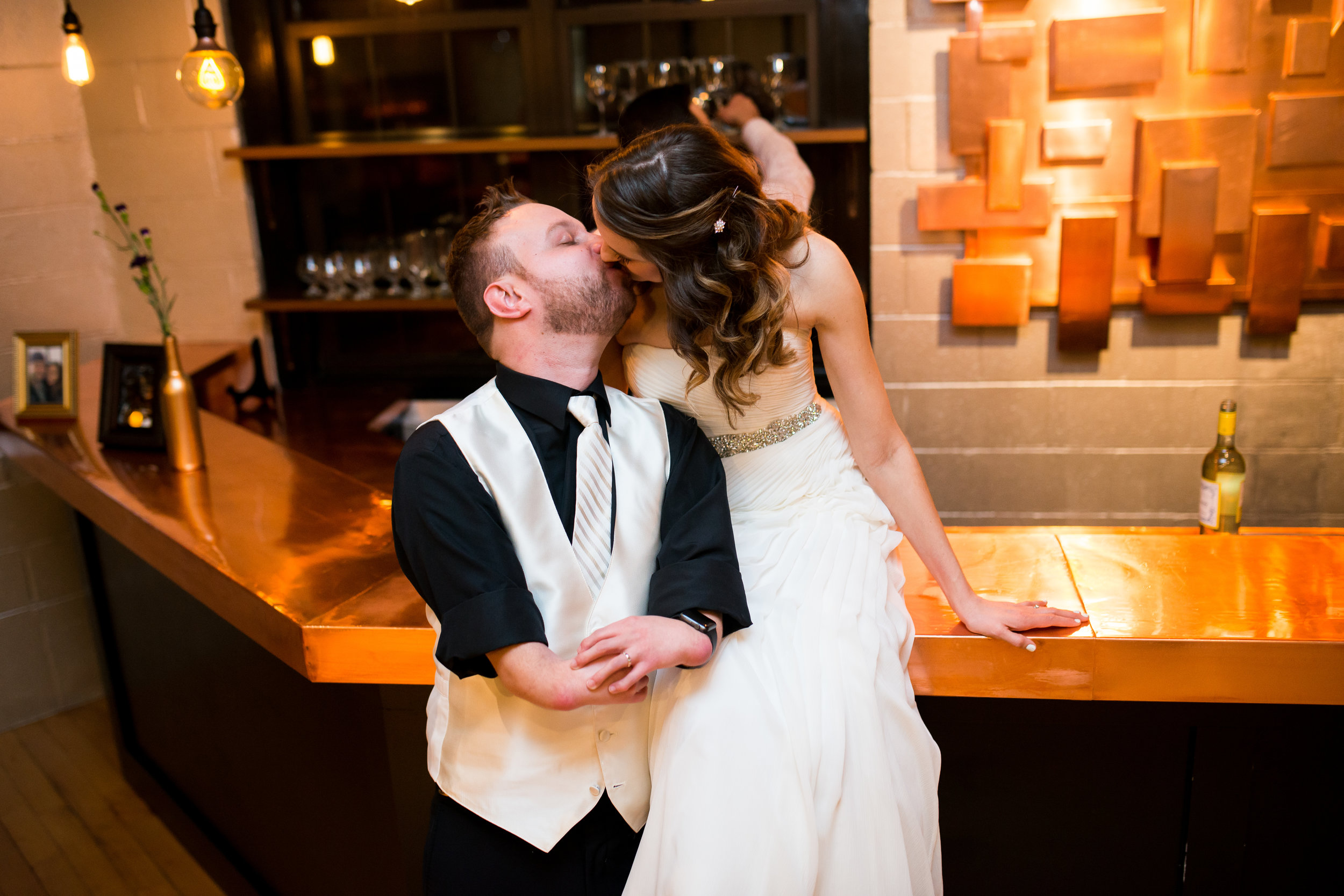 LUV LENS_WEDDING_EMILY AND ANDREW-394.jpg