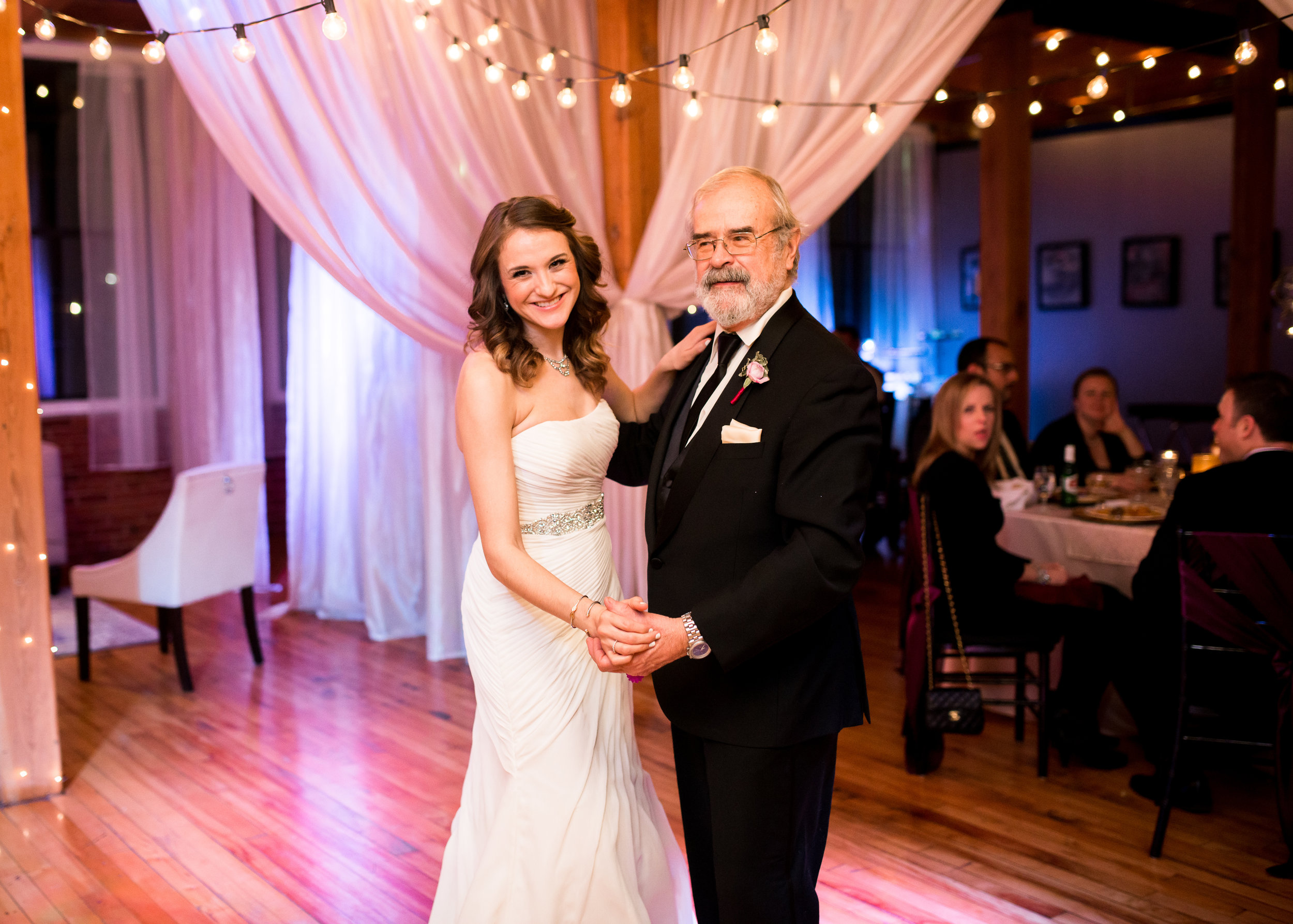 LUV LENS_WEDDING_EMILY AND ANDREW-374.jpg
