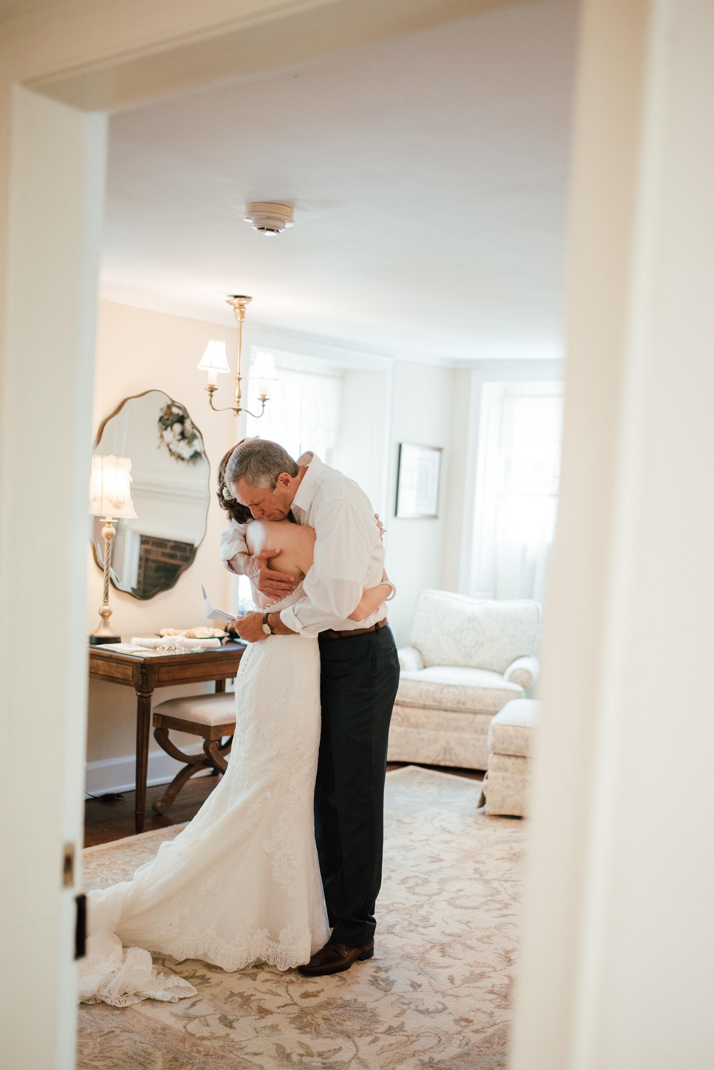 LUV LENS _WEDDING_ALYSSA PAUL SMALL-7.jpg
