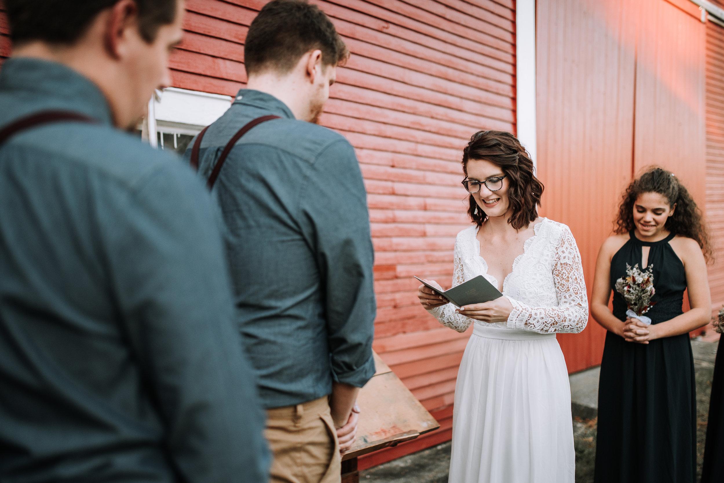 LUV LENS_WEDDING_GABBIE GARY SMALL-35.jpg