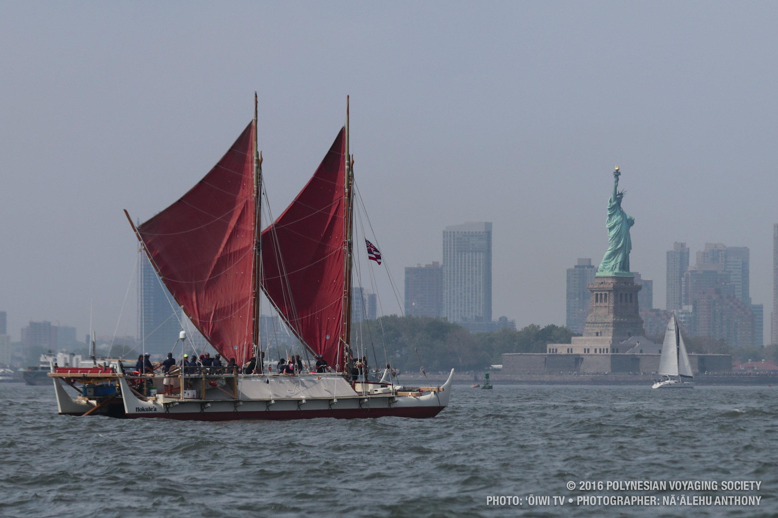 Copy of Hōkūleʻa in Manhattan