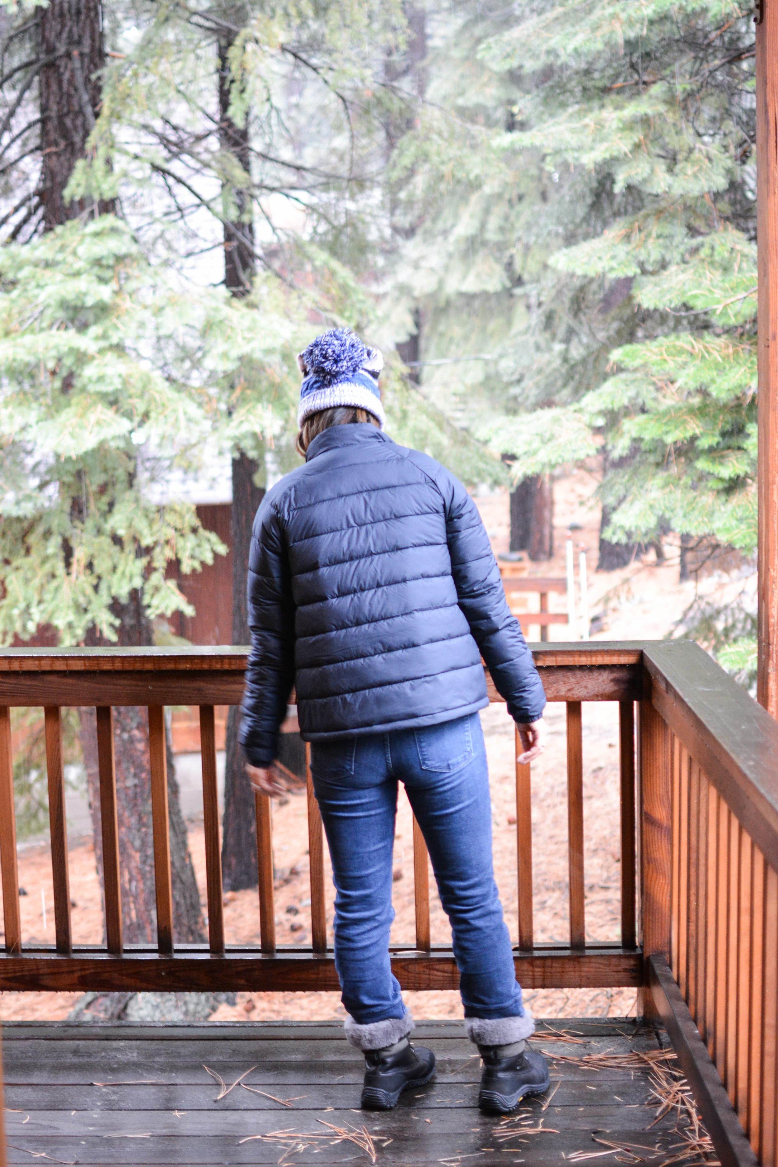 Everlane Review The Lightweight puffer jacket (3 of 11)-min.jpg