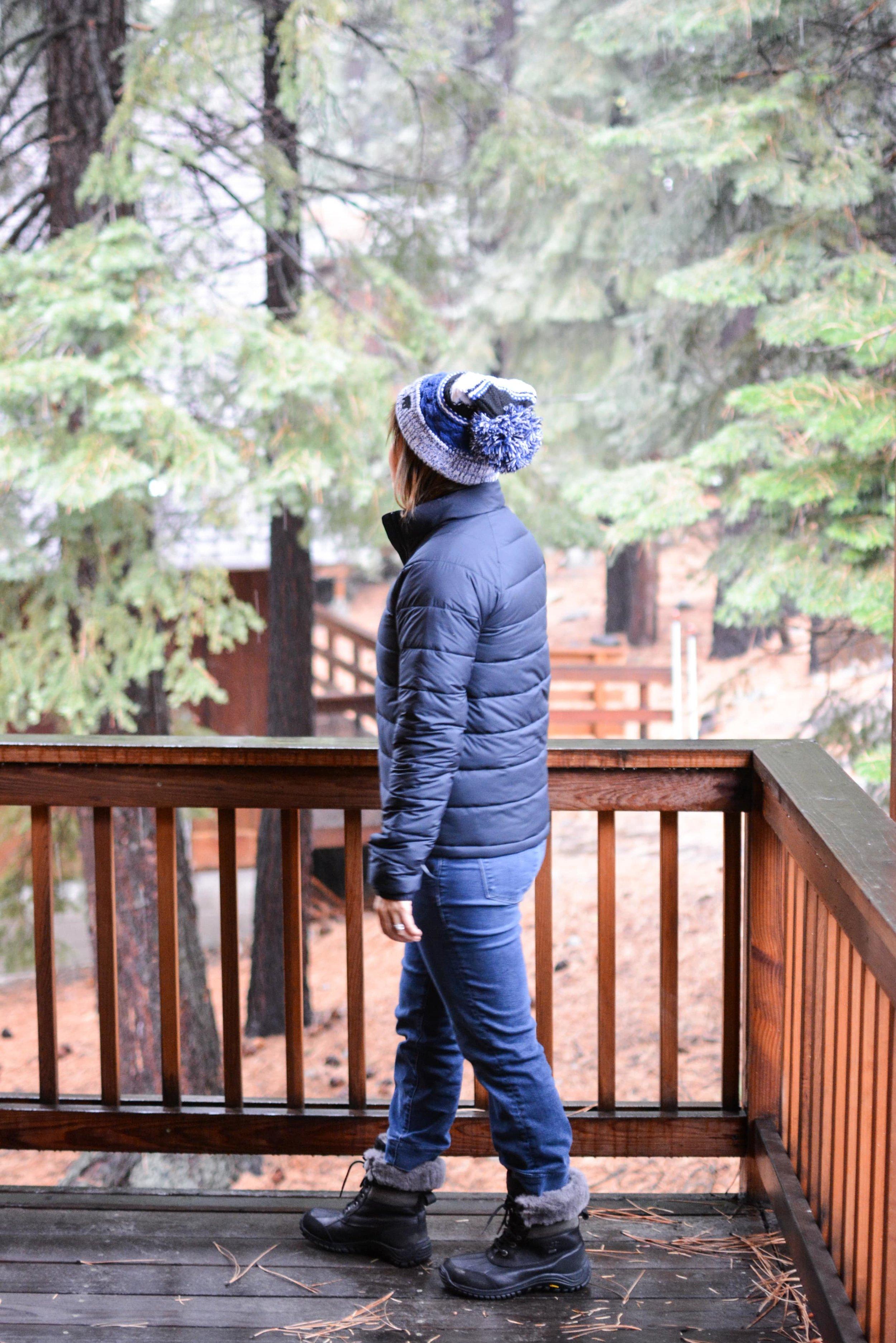 Everlane Review The Lightweight puffer jacket (6 of 11)-min.jpg