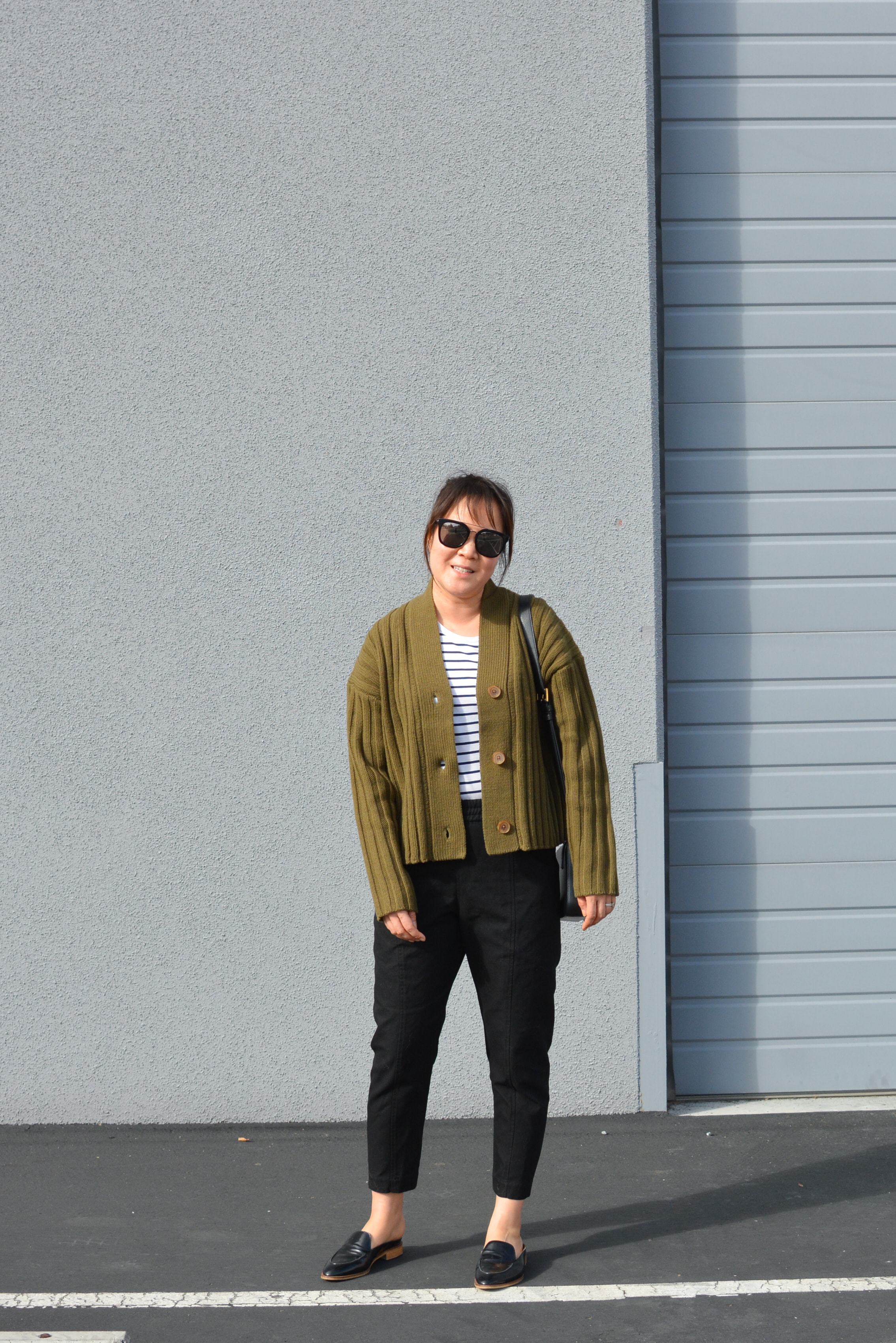 Everlane review the Wool-Cashmere Rib V-Neck Cardigan (4 of 6)-min.jpg